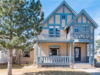 Historic home in lovely Colorado Springs!